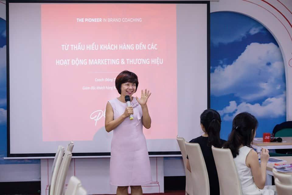 Khai giảng khóa Insight 06 HN   Hành trình đi tìm Insight thị trường ngách