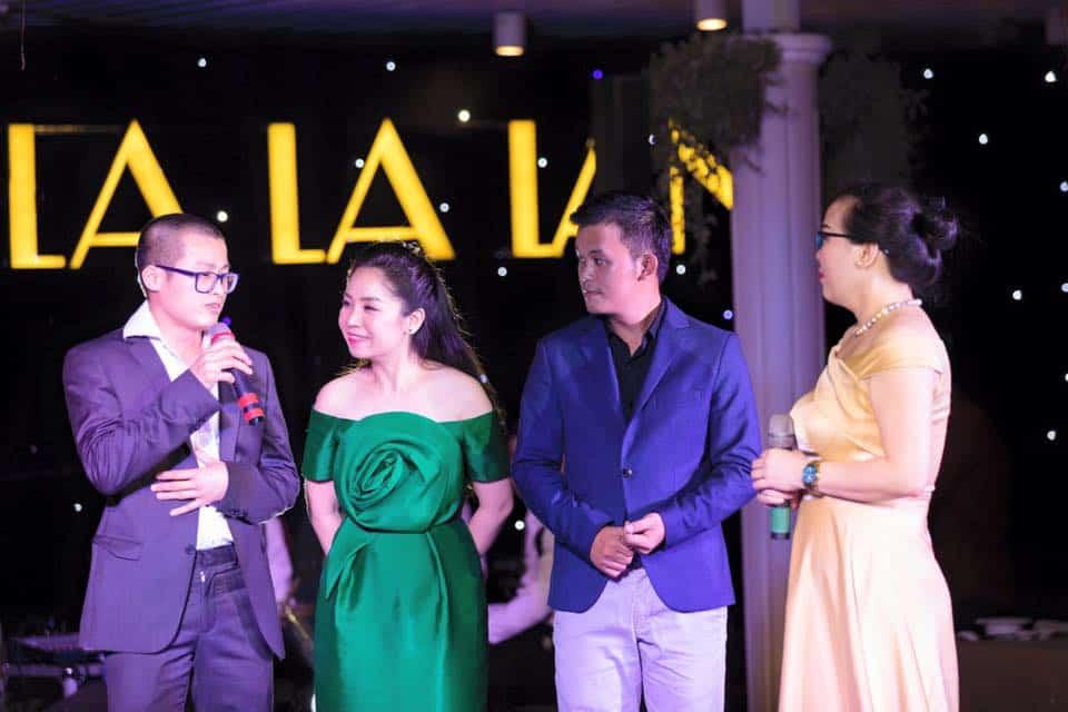 Year End Party 2018 Sài Gòn   Cảm xúc vỡ  òa trong không gian mộng mơ