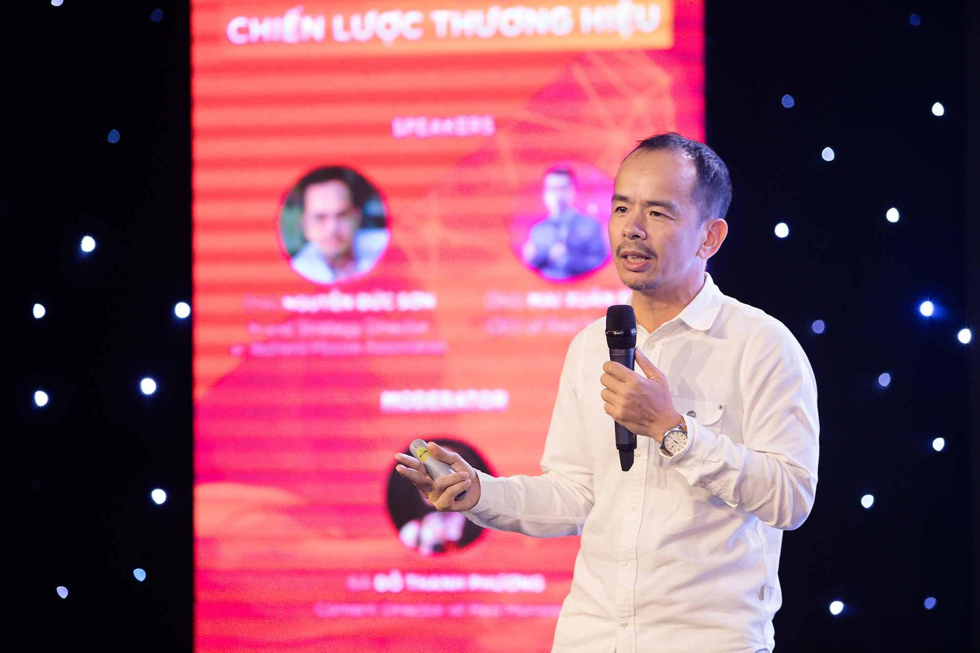 huấn luyện viên Nguyễn Đức Sơn chiến lược khác biệt hóa sản phẩm